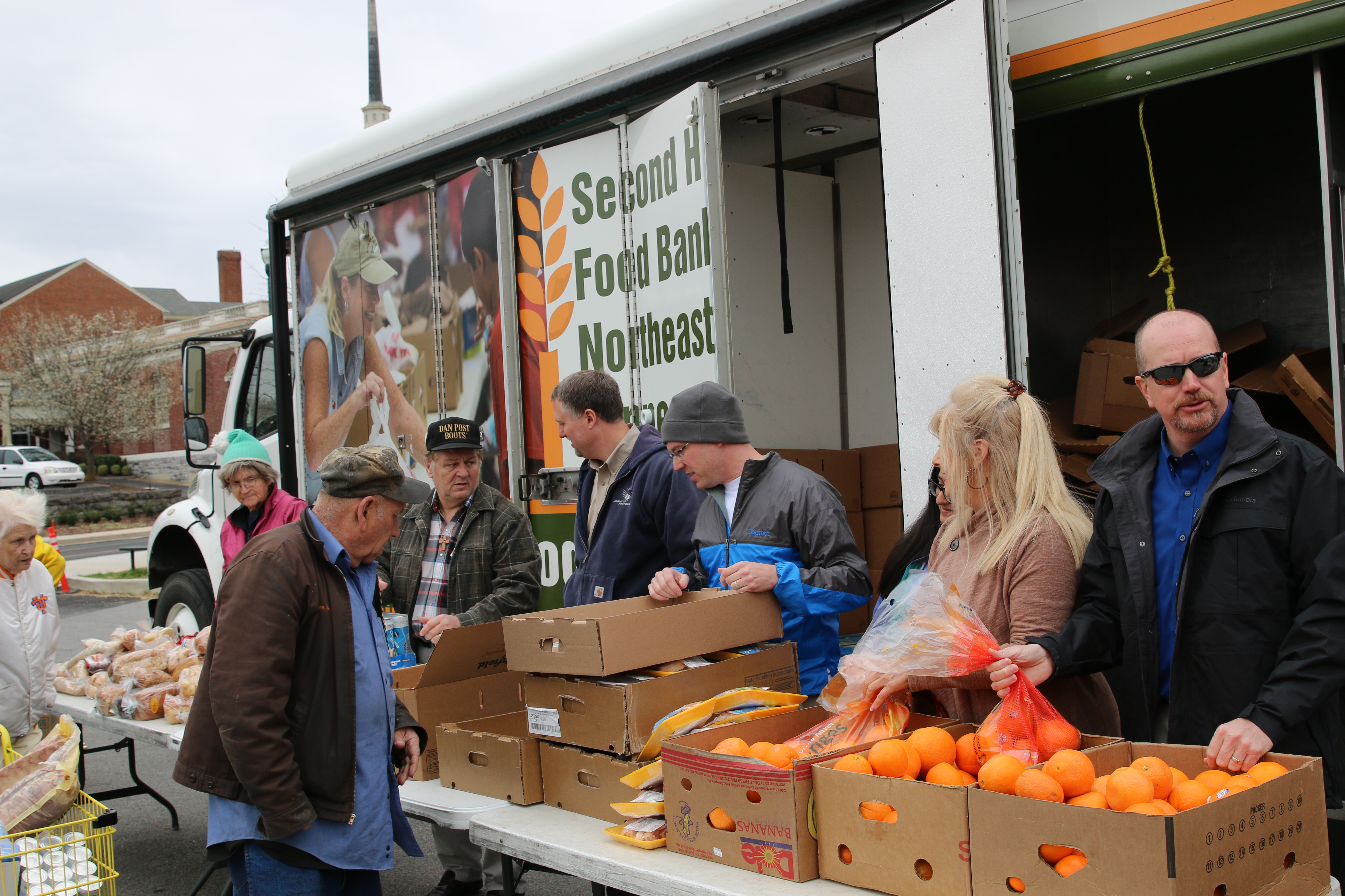 TVA group volunteers at Second Harvest Mobile Food Pantry  Distribution